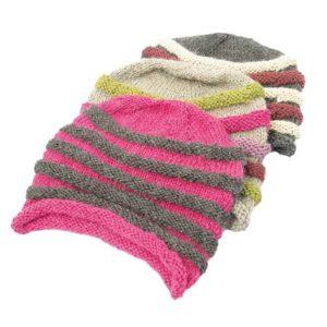 Bonnet teinture naturelle avec bandes de relief