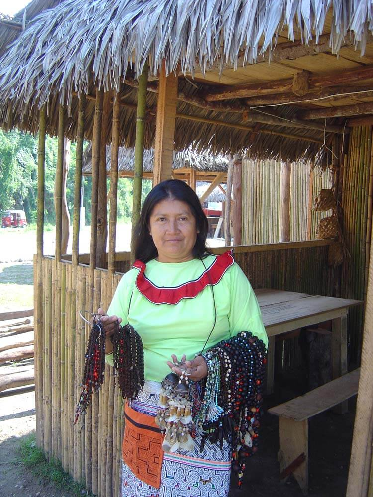 Lucinda, une des femmes du groupe