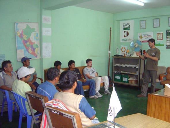 Réunion avec quelques producteurs de cacao de Pangoa